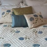 Sibona Hydrangea embroidered cotton quilt